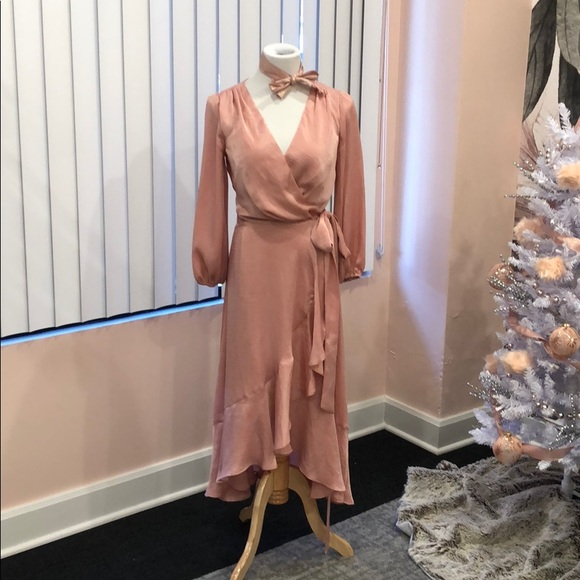 NWT Gal Meets Glam Wrap Dress!